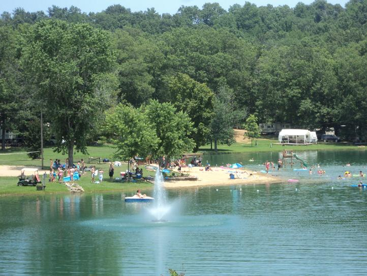 lakes clean camping